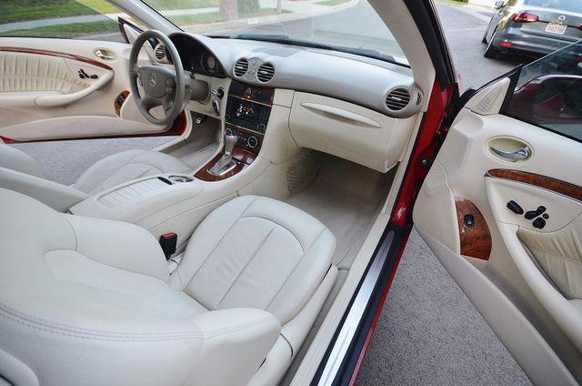 2007 Mercedes-Benz CLK350 3.5L Reseda, CA 31