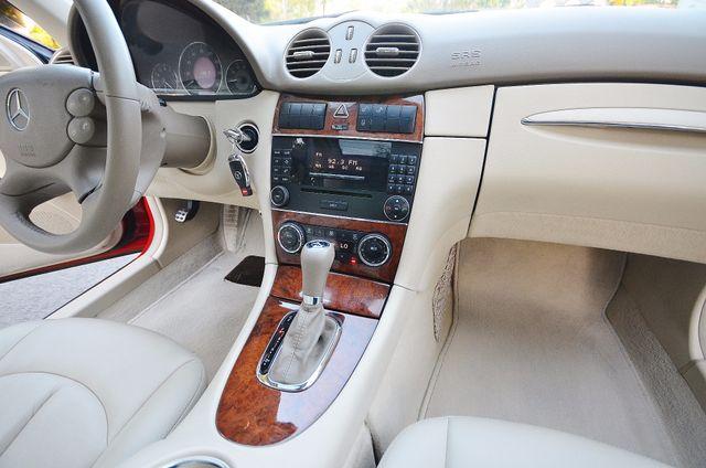 2007 Mercedes-Benz CLK350 3.5L Reseda, CA 33