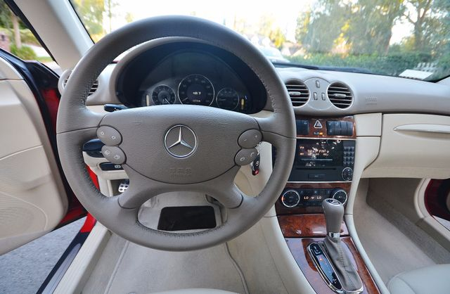 2007 Mercedes-Benz CLK350 3.5L Reseda, CA 37