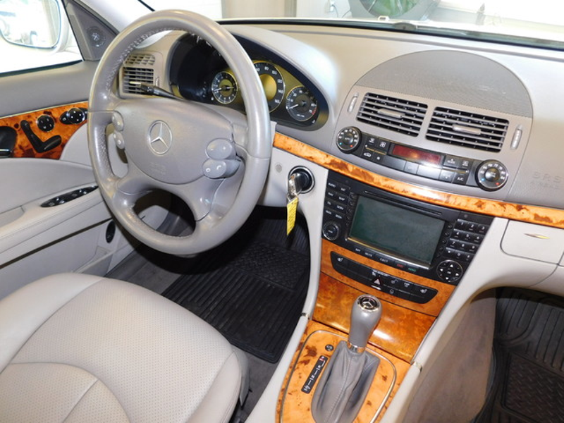 2007 Mercedes-Benz E350 35L  city TN  Doug Justus Auto Center Inc  in Airport Motor Mile ( Metro Knoxville ), TN