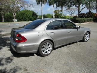 2007 Mercedes-Benz E350 3.5L Dania Beach, Florida 24