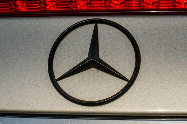 2007 Mercedes-Benz E550  AMG SPORT - P2 PKG - NAVI - HTD STS Reseda, CA 48