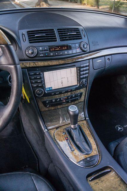 2007 Mercedes-Benz E550  AMG SPORT - P2 PKG - NAVI - HTD STS Reseda, CA 22