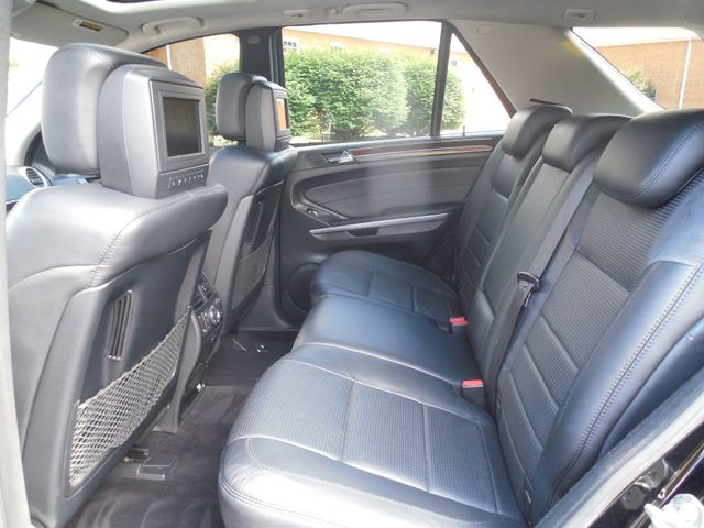 2007 Mercedes-Benz ML63 6.3L AMG Leesburg, Virginia 12