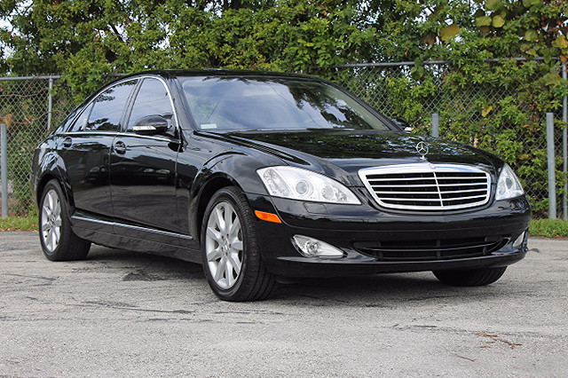 2007 Mercedes S550 55L V8  WARRANTY CARFAX CERTIFIED AUTOCHECK CERTIFIED FLORIDA VEHICLE 2