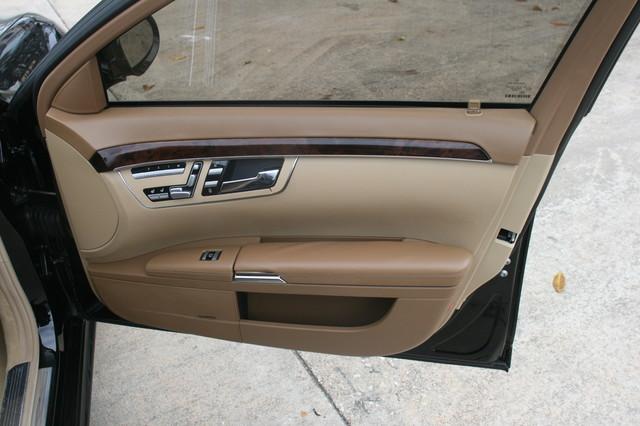 2007 Mercedes-Benz S550 5.5L V8 Houston, Texas 14