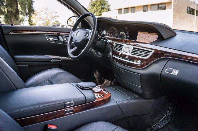 2007 Mercedes-Benz S550  PREMIUM PKG 3 - 81K MILES - NIGHT VISION Reseda, CA 35