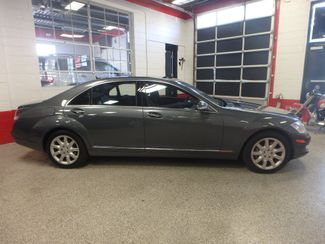 2007 Mercedes S550 4-Matic BEYOND LOADED, SO SMOOTH, LUXURIOUS. Saint Louis Park, MN 1