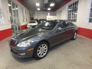 2007 Mercedes S550 4-Matic BEYOND LOADED, SO SMOOTH, LUXURIOUS. Saint Louis Park, MN 2
