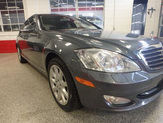 2007 Mercedes S550 4-Matic BEYOND LOADED, SO SMOOTH, LUXURIOUS. Saint Louis Park, MN 20