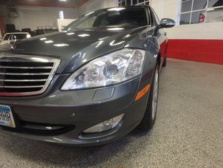 2007 Mercedes S550 4-Matic BEYOND LOADED, SO SMOOTH, LUXURIOUS. Saint Louis Park, MN 22