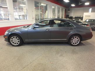 2007 Mercedes S550 4-Matic BEYOND LOADED, SO SMOOTH, LUXURIOUS. Saint Louis Park, MN 3