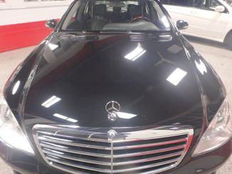 2007 Mercedes S550 4-Matic SHARP BLACK ON GRAY! A BENZ FLAGSHIP! Saint Louis Park, MN 10