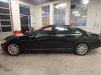2007 Mercedes S550 4-Matic SHARP BLACK ON GRAY! A BENZ FLAGSHIP! Saint Louis Park, MN 11