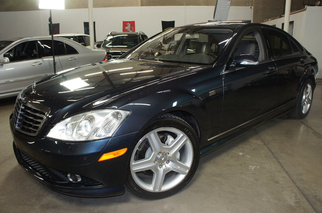 This 2007 Mercedes-Benz S550 Sport is a Iconic Motors Featured Car