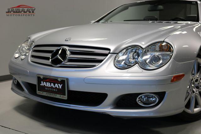2007 Mercedes-Benz SL550 5.5L V8 Merrillville, Indiana 31