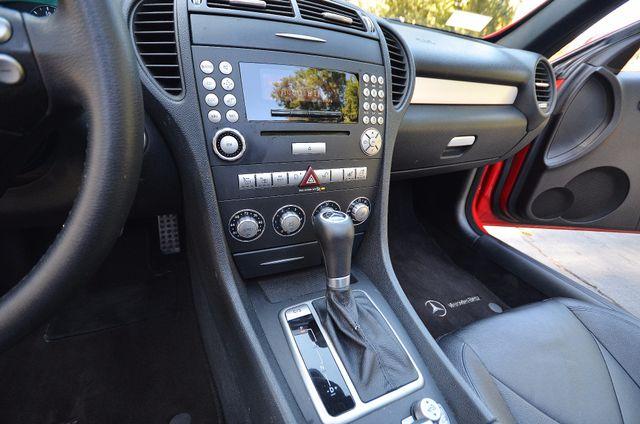 2007 Mercedes-Benz SLK280 3.0L - AUTO - 83K MILES - HEAT PKG Reseda, CA 9