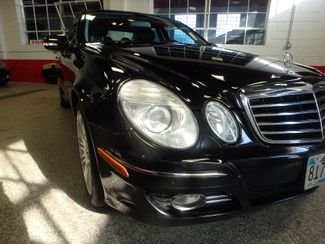 2007 Mercedes E350 4-Matic CLEAN, VALUE PRICED, GREAT LOOKS. Saint Louis Park, MN 11
