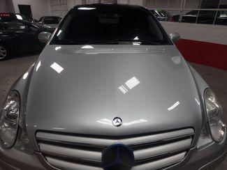 2007 Mercedes R350 4-Matic WINTER READY, LARGE  MOONROOF!~ Saint Louis Park, MN 21