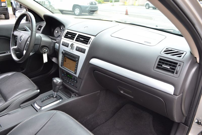 2007 Mercury Milan Premier  city New  Father  Son Auto Corp   in Lynbrook, New