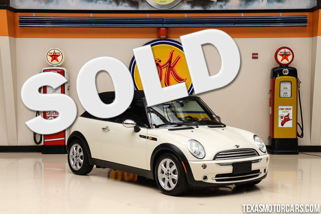 2007 MINI Cooper Sidewalk Convertible This Clean Carfax 2007 MINI Cooper Sidewalk Convertible is i