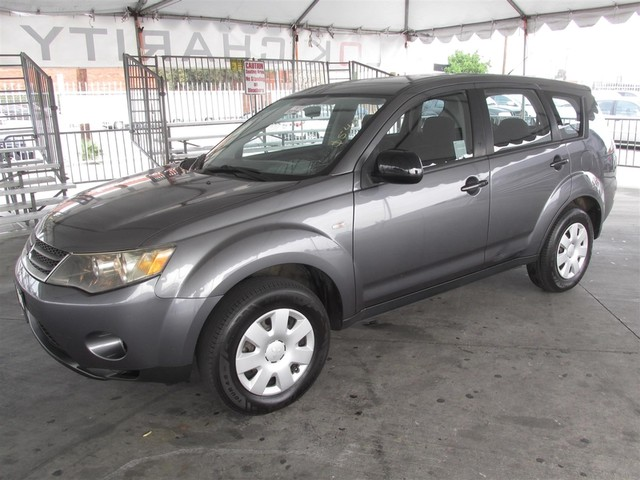 2007 Mitsubishi Outlander ES Please call or e-mail to check availability All of our vehicles ar