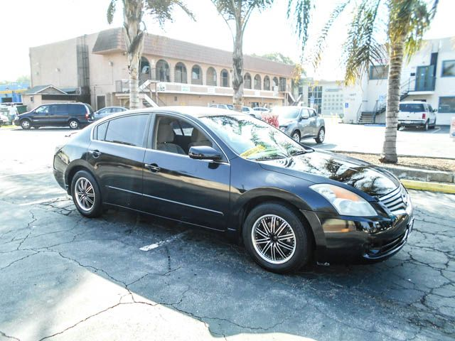 2007 Nissan Altima 25 S Limited warranty included to assure your worry-free purchase AutoCheck r