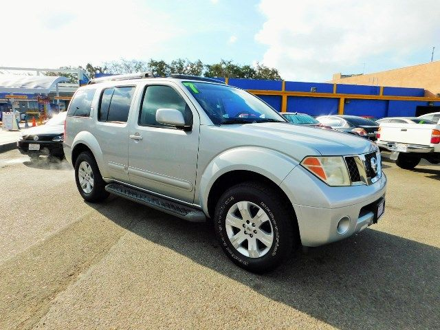 2007 Nissan Pathfinder LE Limited warranty included to assure your worry-free purchase AutoCheck