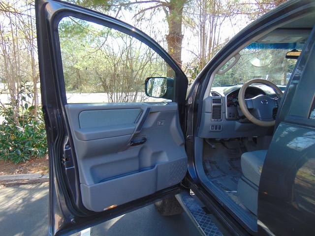 2007 Nissan Titan SE Leesburg, Virginia 9