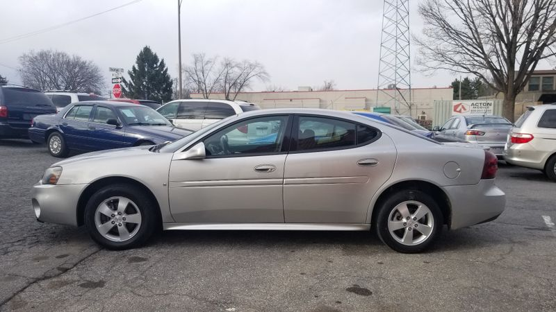2007 Pontiac Grand Prix   in Frederick, Maryland