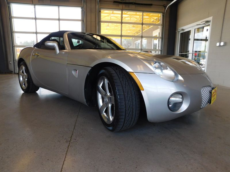 2007 Pontiac Solstice   city TN  Doug Justus Auto Center Inc  in Airport Motor Mile ( Metro Knoxville ), TN