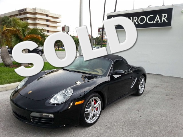 2007 Porsche Boxster S Buy with confidence knowing this car has a perfectly clean carfax reportTra