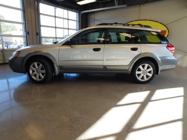 2007 Subaru Outback 25I  city TN  Doug Justus Auto Center Inc  in Airport Motor Mile ( Metro Knoxville ), TN