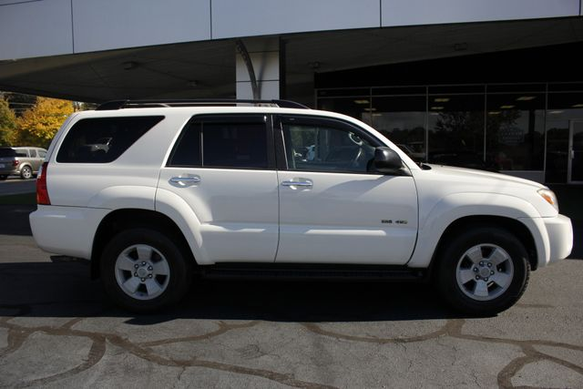 2007 Toyota 4Runner SR5 4WD - UPGRADED WHEELS - TOW PKG! Mooresville , NC 13