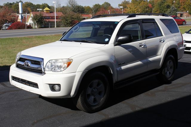 2007 Toyota 4Runner SR5 4WD - UPGRADED WHEELS - TOW PKG! Mooresville , NC 22