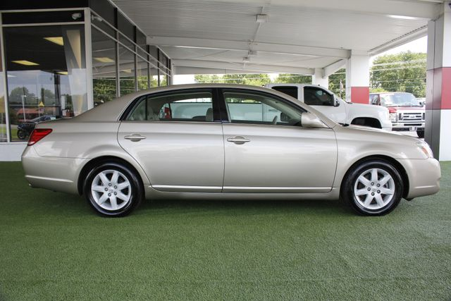 2007 Toyota Avalon XL - ONLY 34K MILES! Mooresville , NC 13