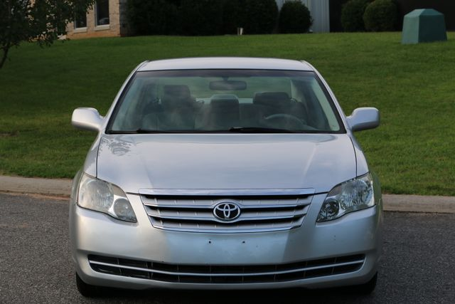 2007 Toyota Avalon XL Mooresville, North Carolina 1