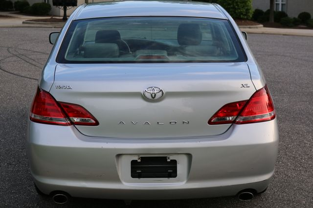 2007 Toyota Avalon XL Mooresville, North Carolina 49