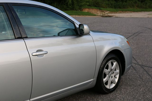 2007 Toyota Avalon XL Mooresville, North Carolina 52