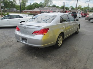 2007 Toyota Avalon XL Saint Ann, MO 5