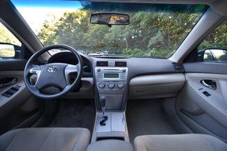 2007 Toyota Camry LE Naugatuck, Connecticut 12