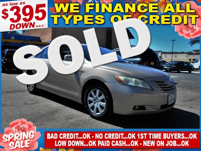 2007 Toyota Camry LE Limited warranty included to assure your worry-free purchase AutoCheck repor