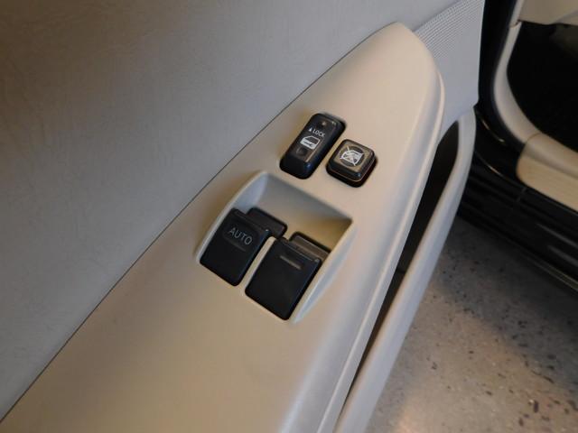 2007 Toyota Camry Solara SE  city TN  Doug Justus Auto Center Inc  in Airport Motor Mile ( Metro Knoxville ), TN