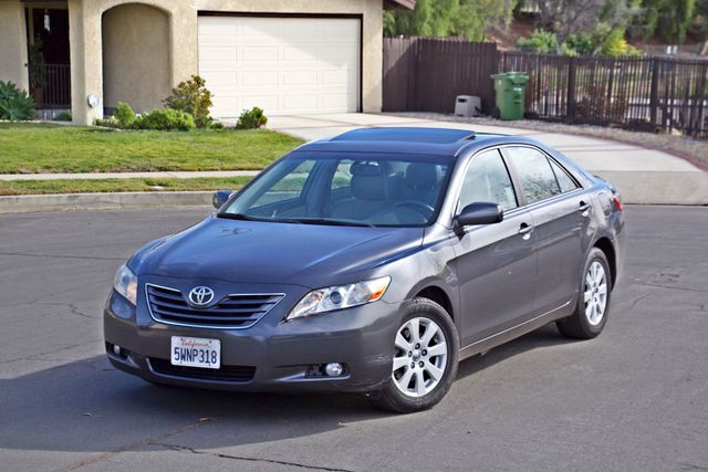 2007 Toyota CAMRY XLE LEATHER SUNROOF ALLOY WHLS NEW TIRES SERVICE RECORDS 1-OWNER Woodland Hills, CA 1