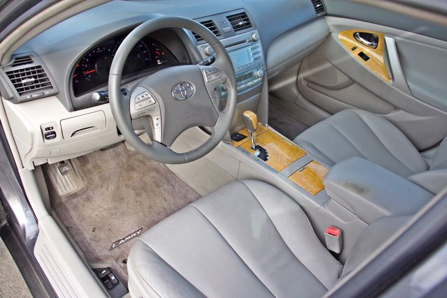 2007 Toyota CAMRY XLE LEATHER SUNROOF ALLOY WHLS NEW TIRES SERVICE RECORDS 1-OWNER Woodland Hills, CA 13