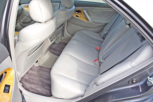 2007 Toyota CAMRY XLE LEATHER SUNROOF ALLOY WHLS NEW TIRES SERVICE RECORDS 1-OWNER Woodland Hills, CA 27