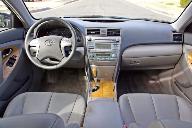 2007 Toyota CAMRY XLE LEATHER SUNROOF ALLOY WHLS NEW TIRES SERVICE RECORDS 1-OWNER Woodland Hills, CA 18
