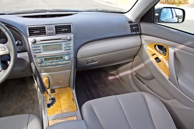 2007 Toyota CAMRY XLE LEATHER SUNROOF ALLOY WHLS NEW TIRES SERVICE RECORDS 1-OWNER Woodland Hills, CA 20
