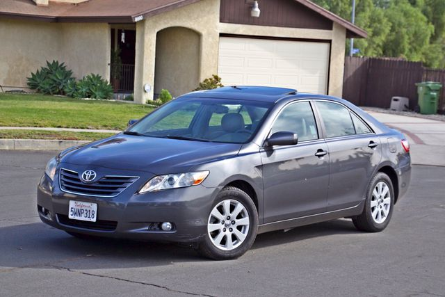 2007 Toyota CAMRY XLE LEATHER SUNROOF ALLOY WHLS NEW TIRES SERVICE RECORDS 1-OWNER Woodland Hills, CA 2