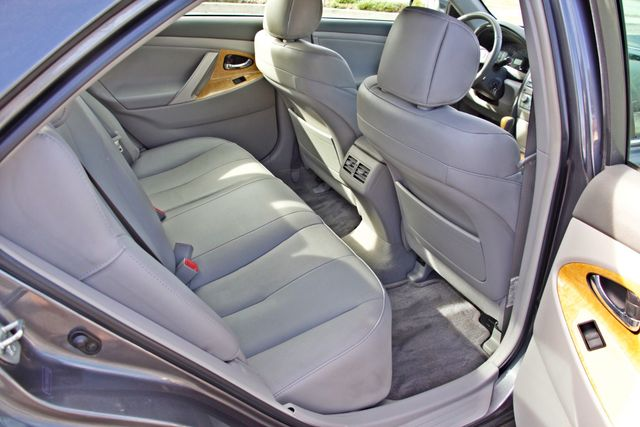2007 Toyota CAMRY XLE LEATHER SUNROOF ALLOY WHLS NEW TIRES SERVICE RECORDS 1-OWNER Woodland Hills, CA 25